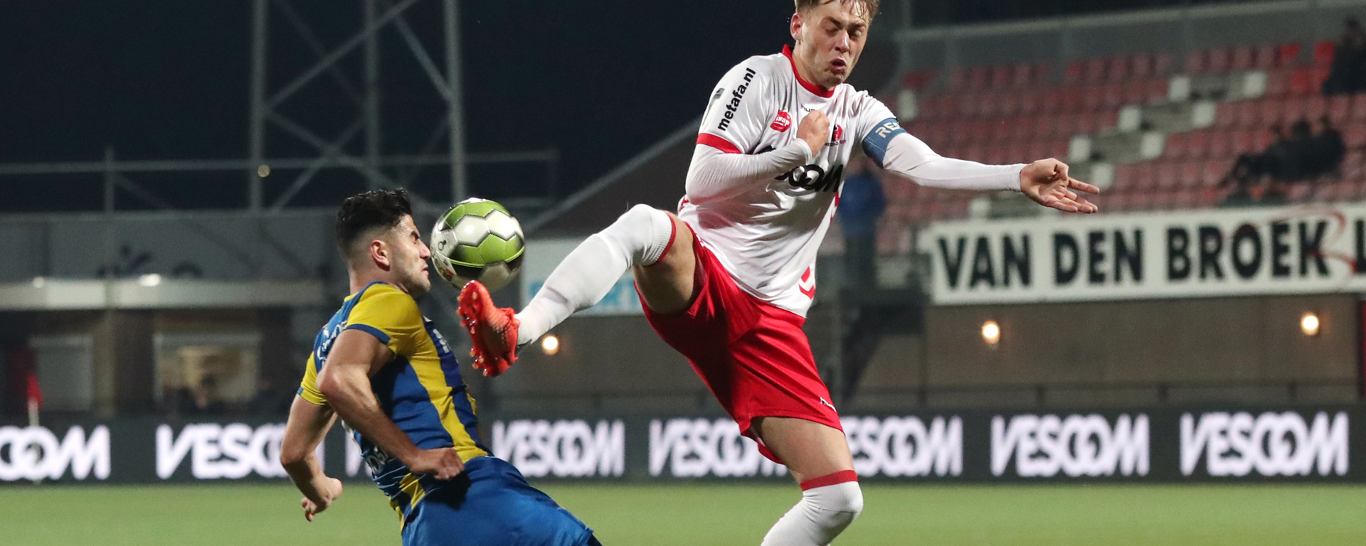 Mister Nelson is wedstrijdsponsor tegen Helmond Sport