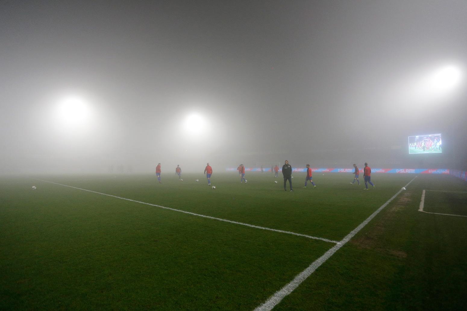Duel in Almere gestaakt vanwege de mist; maandag het vervolg