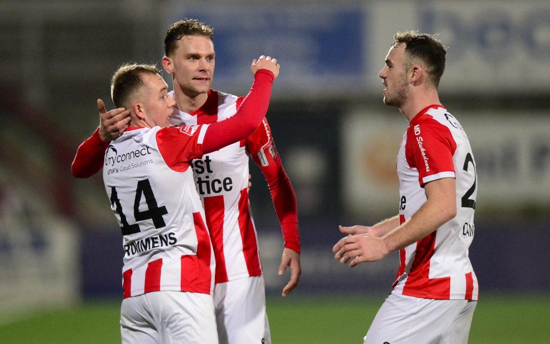 TOP Oss wint in blessuretijd van Jong Utrecht: 2-1!