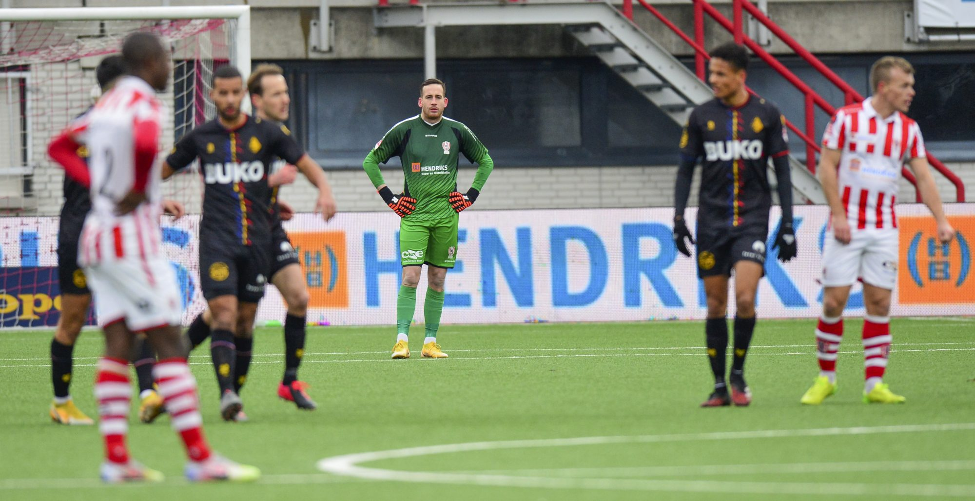 OFF DAY TOP OSS TEGEN STERK TELSTAR 1-4