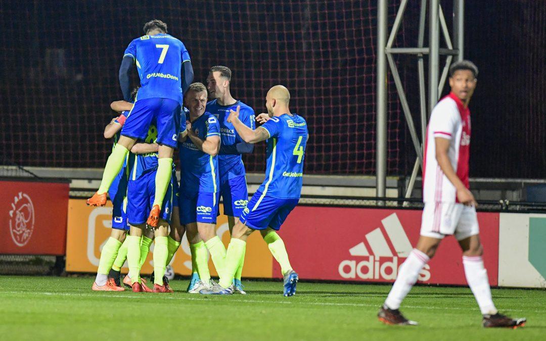 TOP Oss verslaat ook Jong Ajax 0-1.